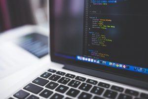 Créer un blog ou un site web : quel est la meilleure solution pour une entreprise ?