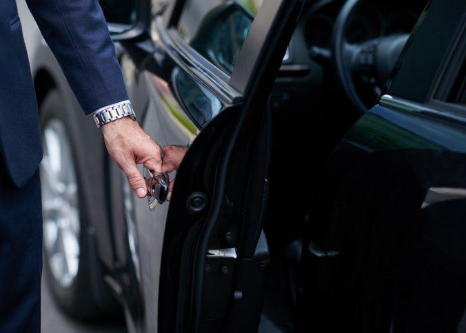 Les avantages de passer par un mandataire auto